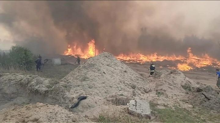 """Базу отдыха """"Сосновый бор"""" эвакуируют в Тюменской области из-за пожаров"""