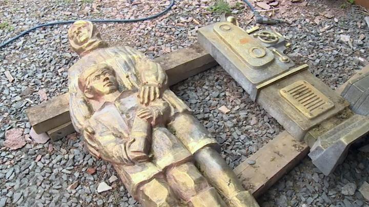 На Алтае появится гранитный арт-объект в честь эвакуированных предприятий
