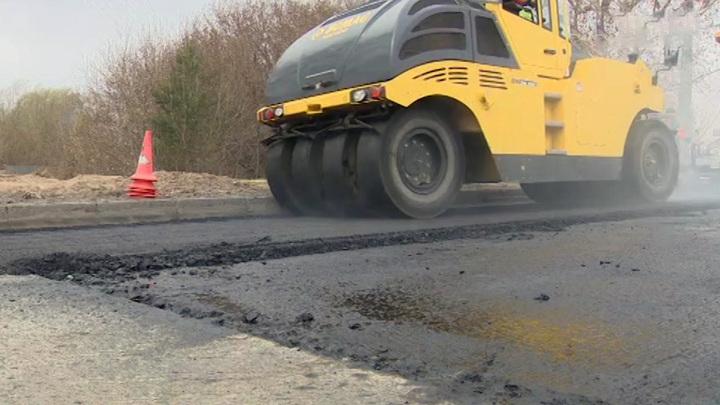 В Татарстане под дорожным катком погибла пенсионерка