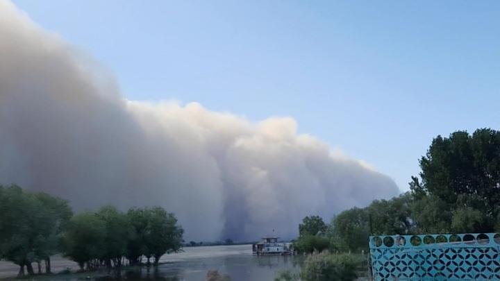 Новая пыльная буря накрыла Астраханскую область