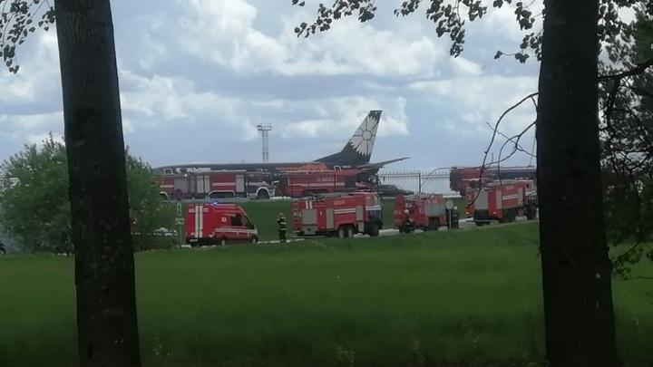 На борту экстренно севшего в Минске самолета был экс-главред NEXTA