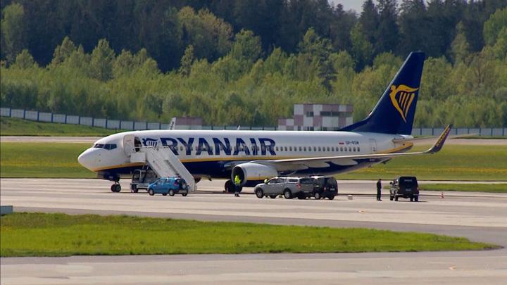 Москва призывает не политизировать ситуацию с Ryanair