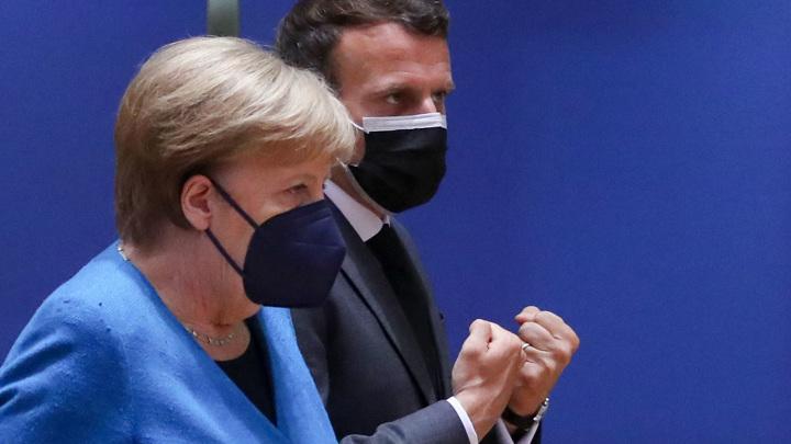 Меркель: Евросоюз должен поддерживать открытый диалог с Москвой