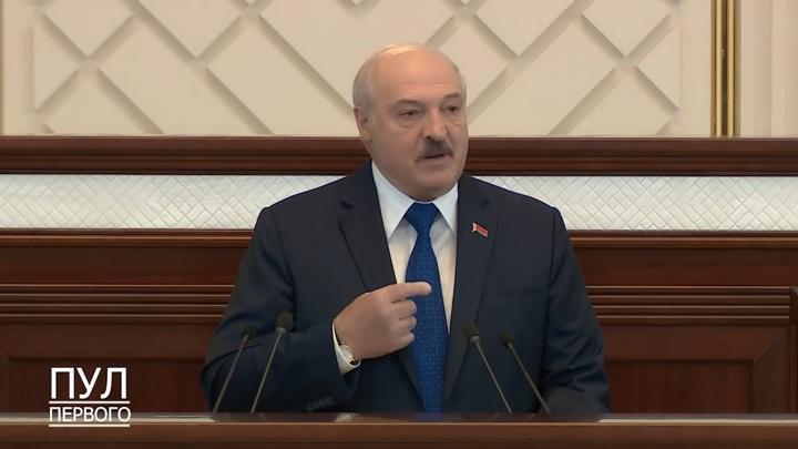 Лукашенко: самолёт Ryanair не хотели принять ни Вильнюс, ни Варшава, ни Львов, ни Киев