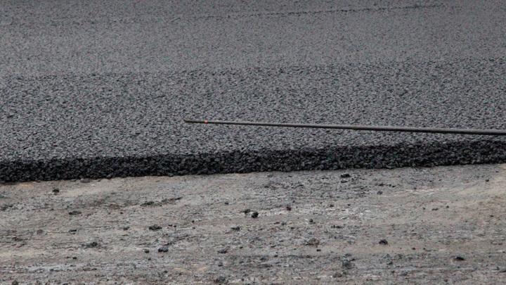 Челябинские дороги начали плавиться от жары