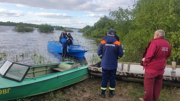 Частный катер затонул на Кубенском озере: один человек пропал