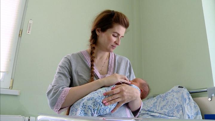 Новая жизнь в руках врачей: детская смертность в России снизилась вдвое