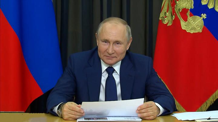 Путин проведет по видеосвязи очередное совещание с правительством