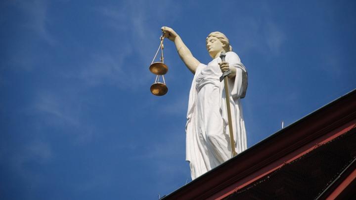 Мурманчанин пойдет под суд из-за драки с соседкой