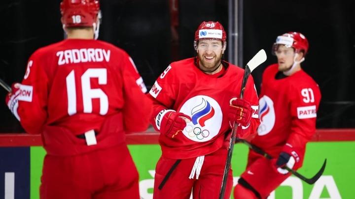 Россия обыгрывает Канаду после двух периодов четвертьфинала