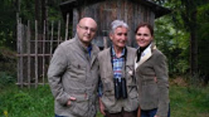 Иоганн Фанзой и его дочь Даниэлла - представительница девятого поколения оружейнико. Их семейная фирма существует 300 лет