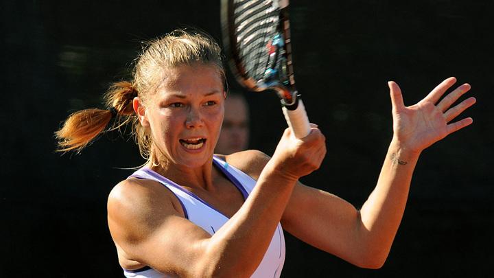 Мельникова и Захарова покинули теннисный турнир в Гдыне