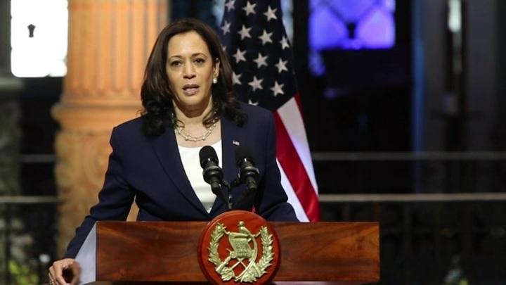 Харрис: США будут защищать свои границы от нелегальных мигрантов