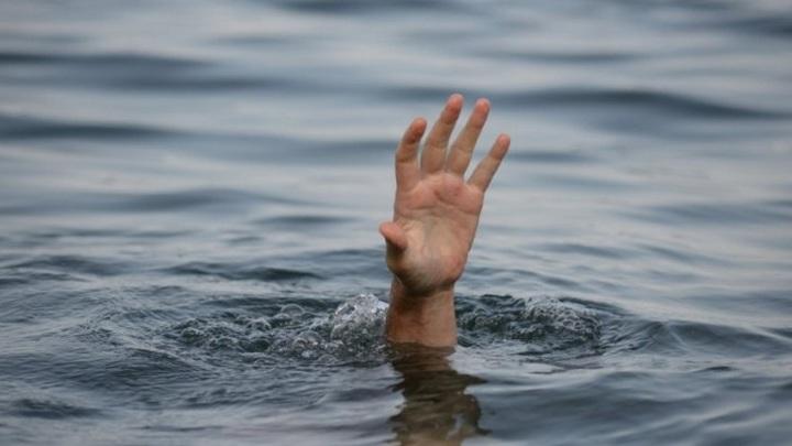 Тело 24-летнего мужчины обнаружили в новосибирском озере
