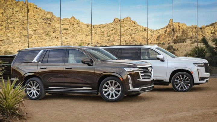 В России новые монстры из США: Cadillac Escalade против Chevrolet Tahoe
