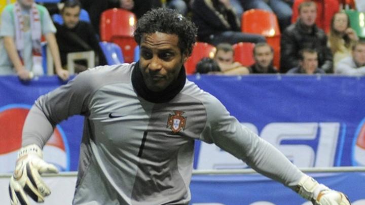 Умер бывший вратарь сборной Португалии