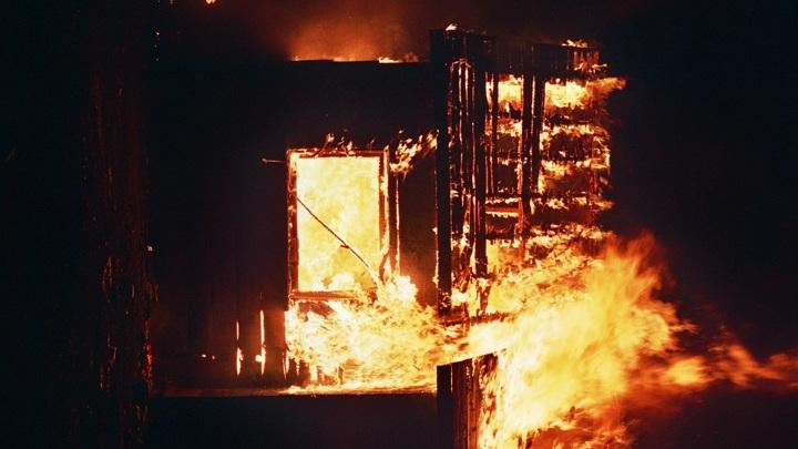 В Карелии при пожаре погиб мужчина