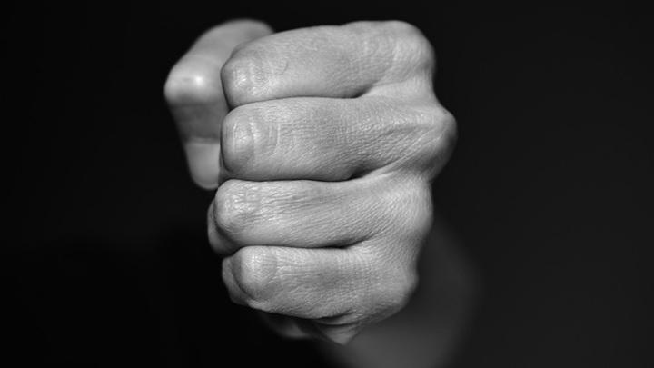 20-летний воронежец жестоко избил 12-летнего мальчика из-за долга