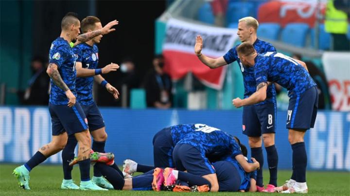 Евро-2020. Сборная Словакии обыграла Польшу в Санкт-Петербурге
