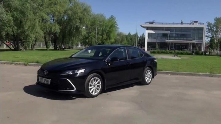 Обновление на пользу: тест-драйв Toyota Camry