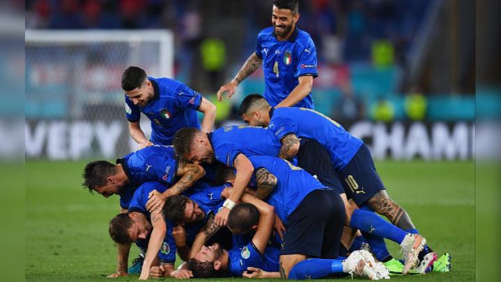 Сборная Италии первой вышла в 1/8 финала Евро-2020