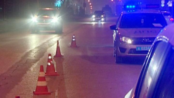 В центре донской столицы на пешеходном переходе сбили двух девушек-подростков