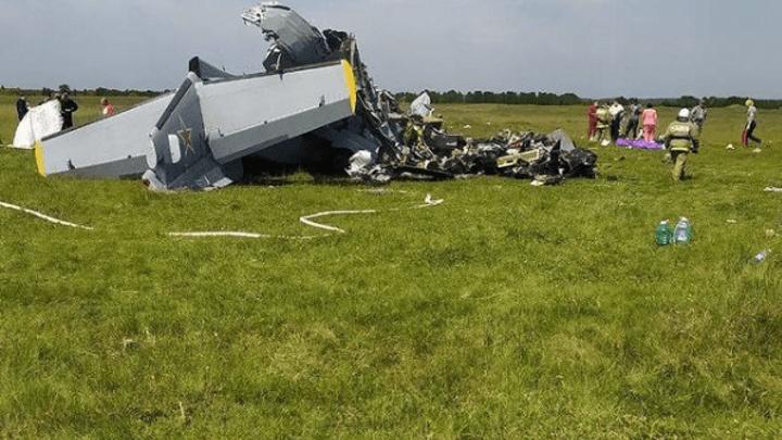 Известны подробности аварийной посадки самолета в Кузбассе