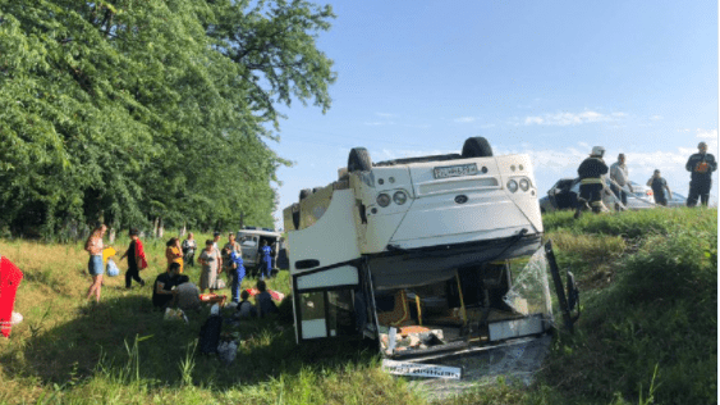 СК начал проверку по факту ДТП с 14 пострадавшими на Кубани