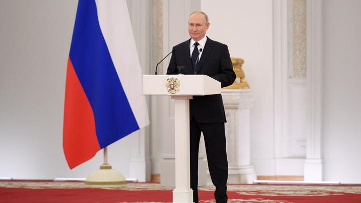 Путин очень ценит диалог с лидерами думских фракций