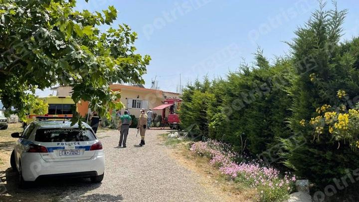 Самолет рухнул во дворе жилого дома в Греции