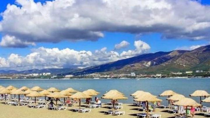 В Анапе временно запретили купание