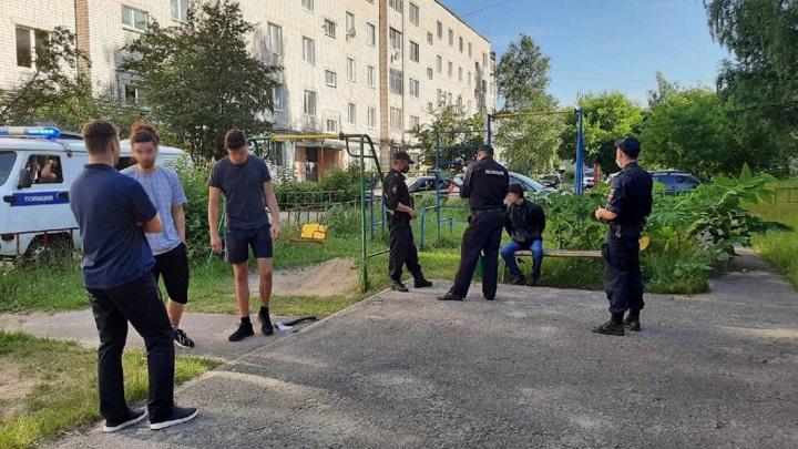 Дзержинский Раскольников напал с топором на человека средь бела дня
