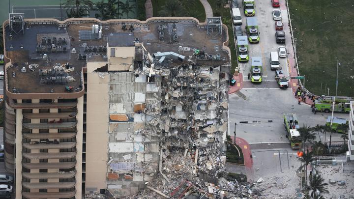 Возросло число жертв обрушения 12-этажки в Майами