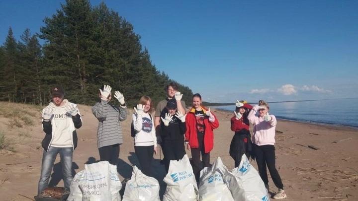 Карельские волонтеры очистили от мусора более 25 км береговой линии