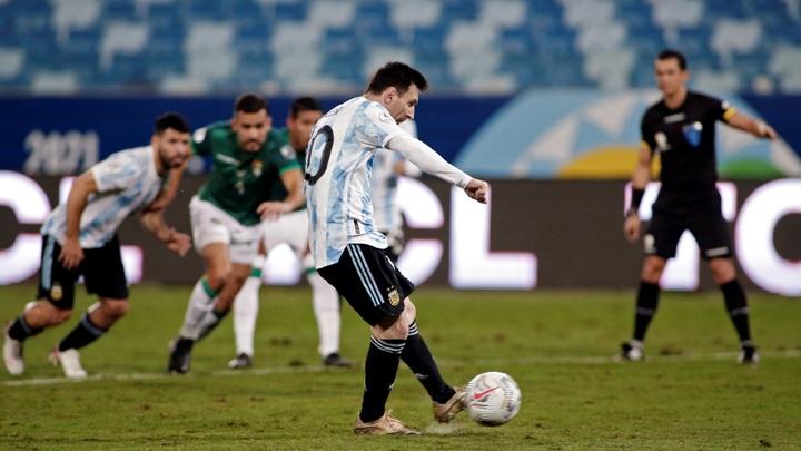 Дубль Месси позволил Аргентине разгромить Боливию