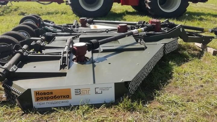 """""""Убийца травы"""": в Орловской области разработали роторную косилку"""