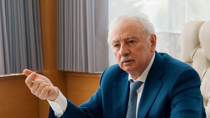 """Конкуренции не боимся: Салис Каракотов рассказал об инновациях холдинга """"Щелково Агрохим"""""""