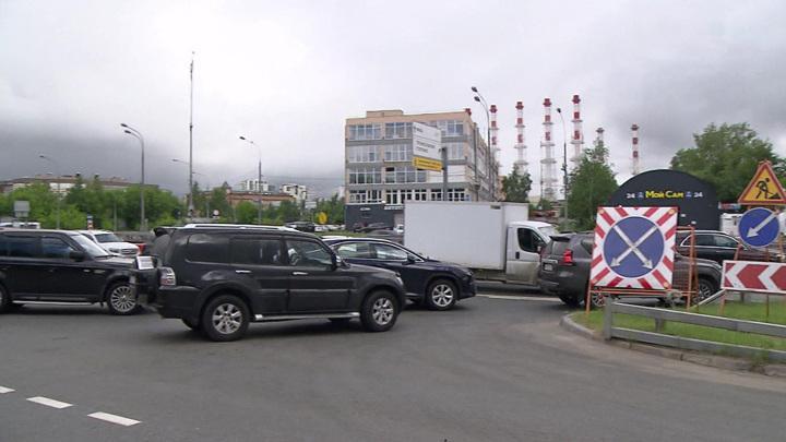 Испытание для водителей: когда исчезнет пробка перед Северо-Западным тоннелем