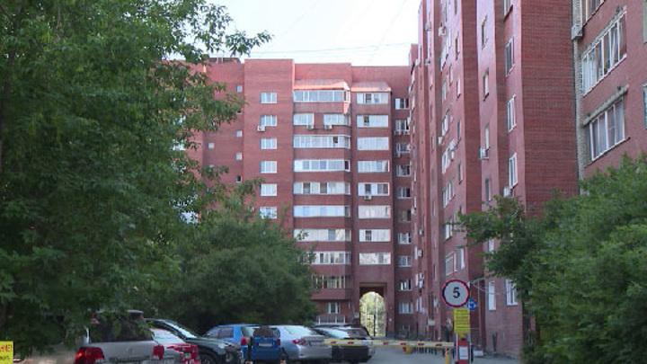 Впервые в России суд лишил должника единственной квартиры