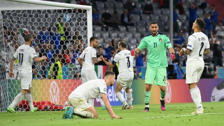 Сборная Италии отправила бельгийцев домой и вышла в полуфинал