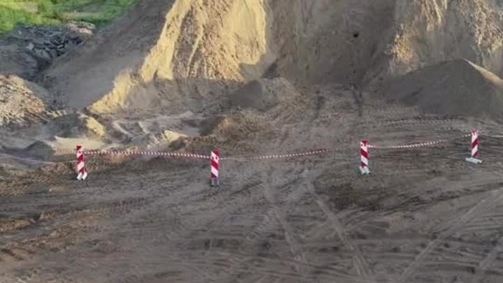 В Рязанской области 10-летнего мальчика насмерть засыпало лавиной песка