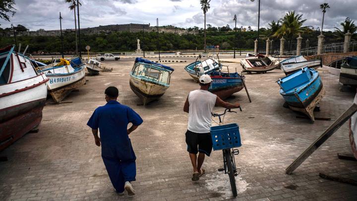 РСТ: из-за изоляции туристов поток на Кубу может сократиться