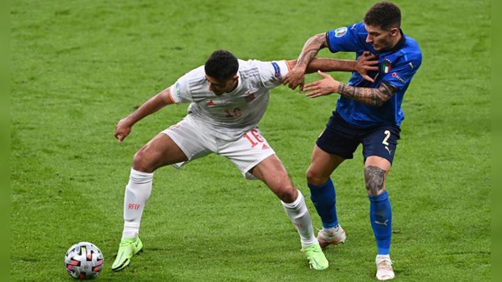 В Милане и Турине начинается финальный турнир футбольной Лиги наций