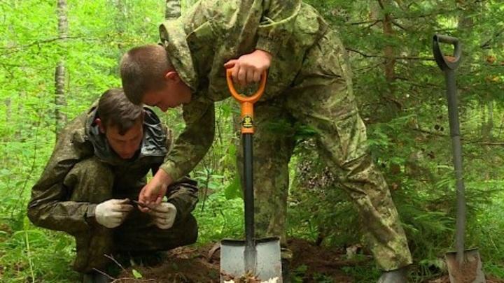 В Калужской области поисковики обнаружили останки двух солдат