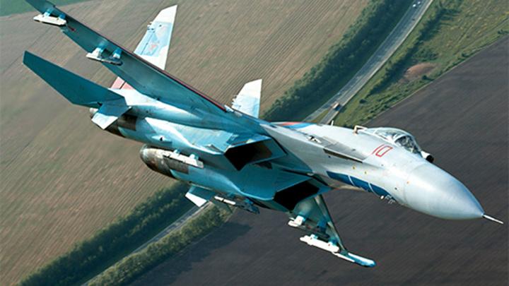 Су-27 сопроводил самолет-разведчик Франции над Балтийским морем