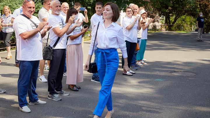 Партия президента Молдавии получила 63 из 101 мандата в парламенте
