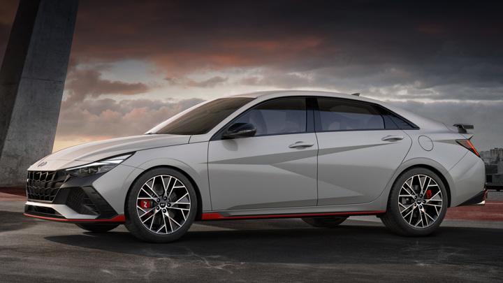 Hyundai выпустила спортивную модификацию седана Elantra