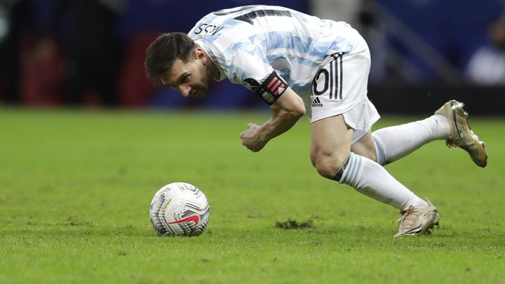 Месси приглашен в сборную Аргентины