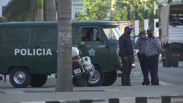 Лидер Кубы сообщил о множестве пострадавших во время протестов