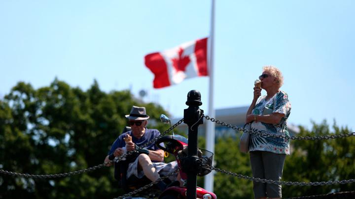 Почти 50 градусов: 808 человек могли стать жертвами жары в Канаде